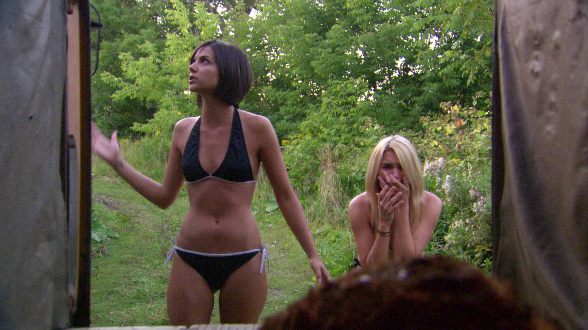 Girls On Girls Scope On IceMovie IceMovie Bikini Bikini 76ygIYfbv